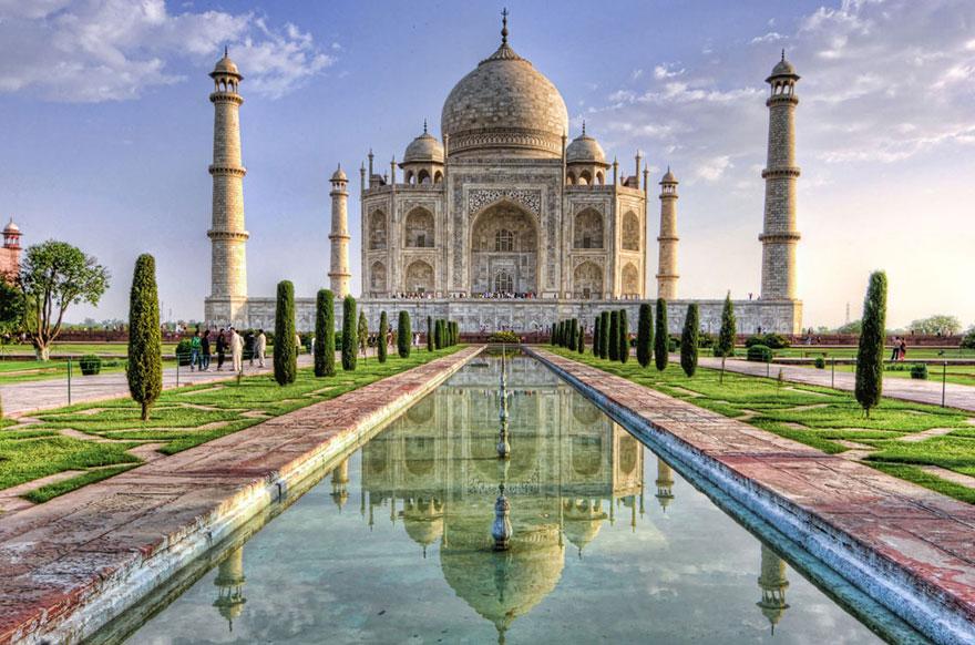 aladdin-taj-mahal-agra-india2